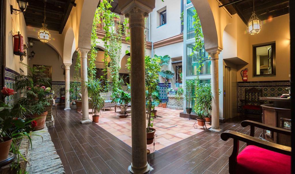 Hotel pas cher à Séville : Bienvenue au Patio de las Cruces.