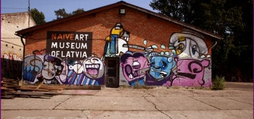 Kiwie_is_occupied_Andrejsala_-_panoramio.jpg