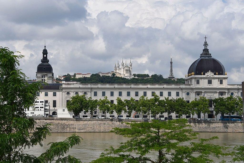 Hôtel Dieu dans le centre de Lyon - Photo de Herbert Frank