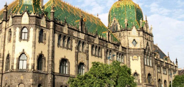 Museum_of_Applied_Arts_Budapest.jpg