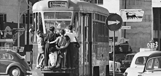 Napoli2C_Tram_e_scugnizzi_5.jpg