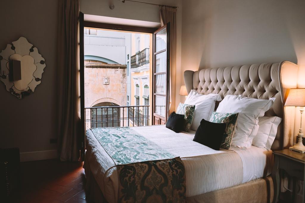 Chambre dans l'hôtel du Palacio Pinello à Séville.