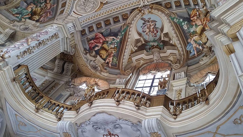 Salon central du Pavillon de chasse de Stupinigi près de Turin - Photo de Paris Orlando