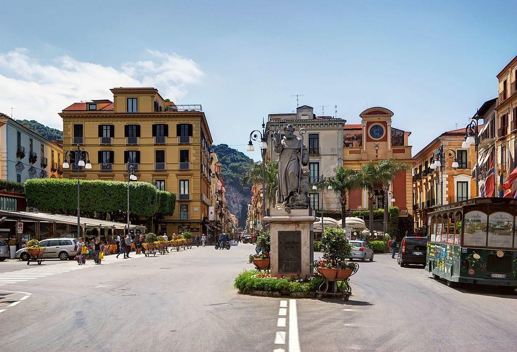 Piazza Tasso, le coeur de Sorrente - Photo de Berthold Werner