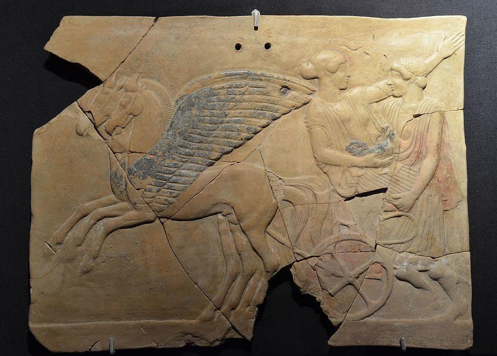 Antiquité du musée national romain : Stèle votive au Palazzo Massimo alle Terme à Rome. Photo de Carole Raddato