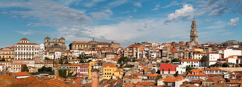 Panorama de Porté depuis le parvis de la Cathédrale Sé - Photo de Daniel Villafruela