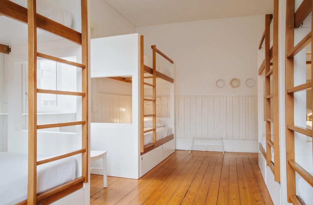 Dans les dortoirs sobres et agréables de l'auberge Porto Spot Hostel.