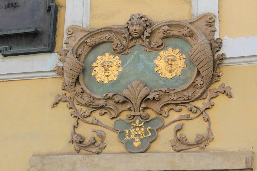 Accès au Chateau de Prague via la rue Nerudova dans le quartier Mala Strana - Photo de Oyvind Holmstad