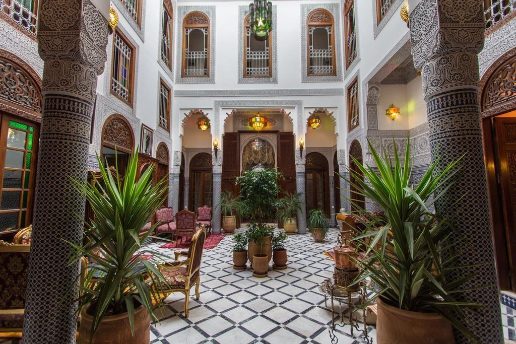 La raffinement marocain dans le Riad-hotel Tahra & Spa à Fès.