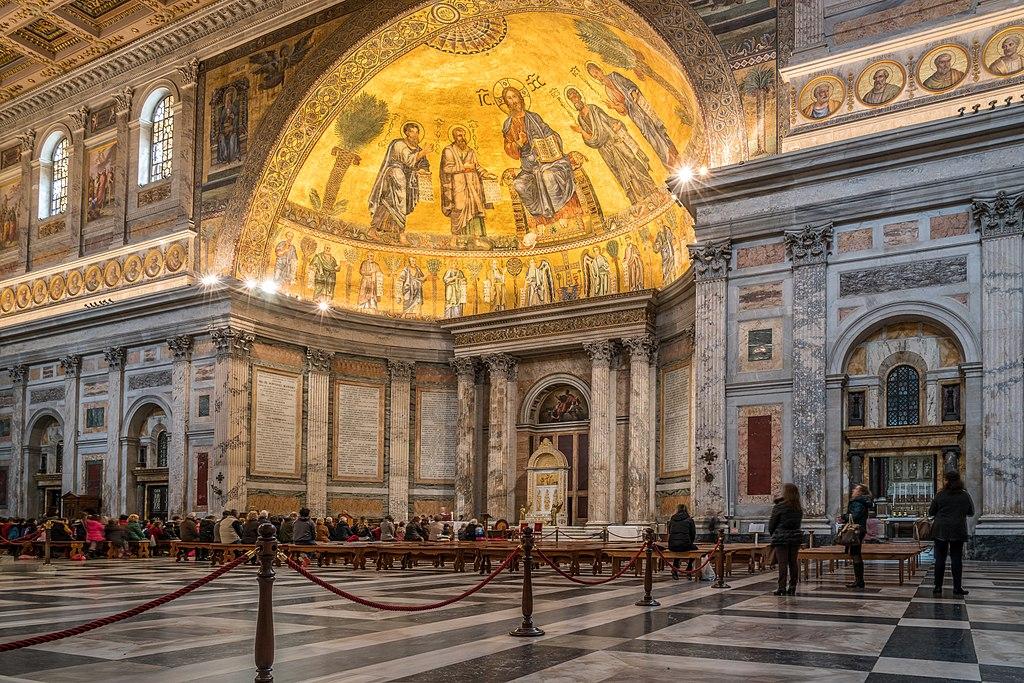 Intérieur de la Basilique Saint Paul hors les murs dans le quartier de Testaccio-Ostiense à Rome - Photo de Herbert Weber