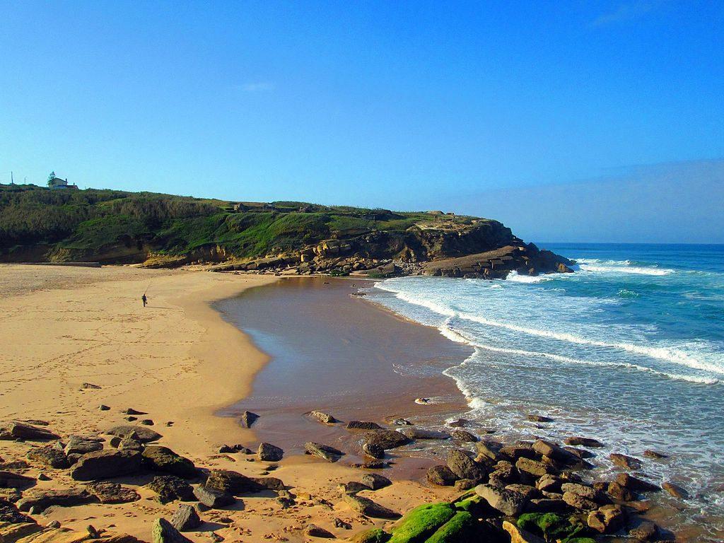Plage Praia das Maçãs près de Sintra - Photo de Teves Costa