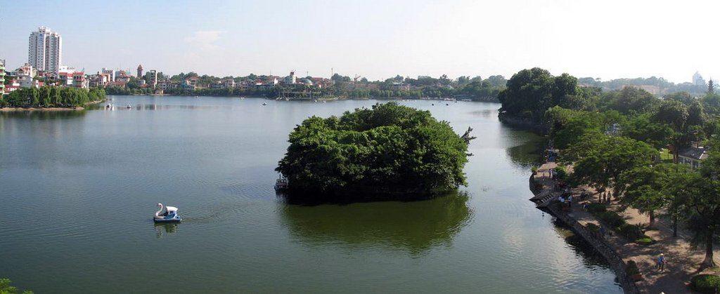 Lac du Bambou blanc ou Hồ Trúc Bạch à Hanoi - Photo de Rungbachduong