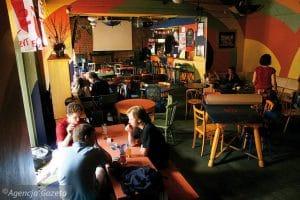 Albo Tak, Bar étudiant et new age à Cracovie [Vieille ville]