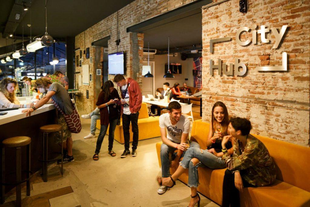 Auberge capsule City Hub, hotel à Amsterdam.