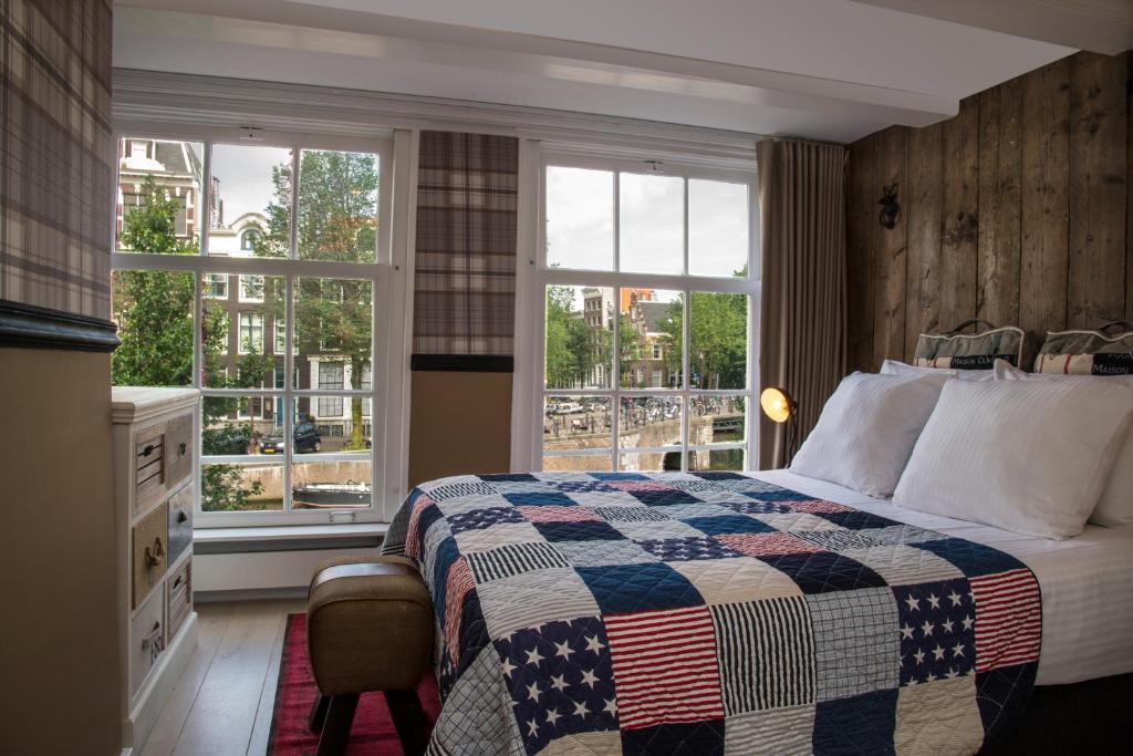 Max Brown, Hotel dans le quartier des canaux à Amsterdam.