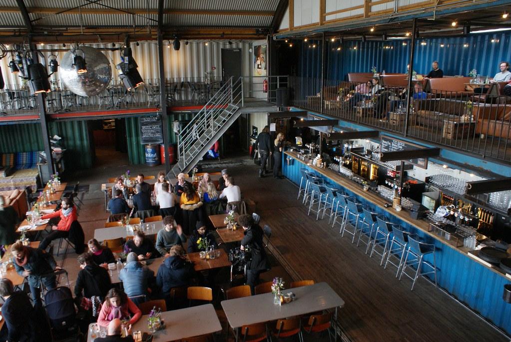 Bar Pllek dans le quartier de NDSM à Amsterdam.