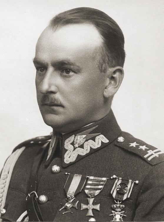 Kazimierz Stamirowski lieutenant-colonel de cavalerie de l'armée polonaise, adjudant du maréchal Józef Piłsudski assassiné à Auschwitz.