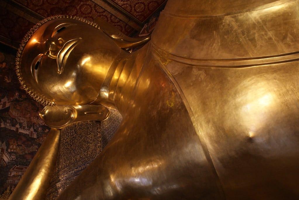 Wat Pho à Bangkok, temple du Bouddha couché et massages thai [Phra Nakhon]