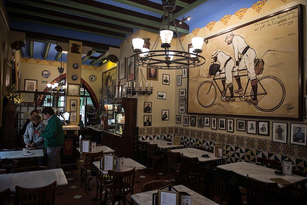 Els Quatre Gats, restaurant mythique du Gotico à Barcelone - Photo de Ralf Roletschek