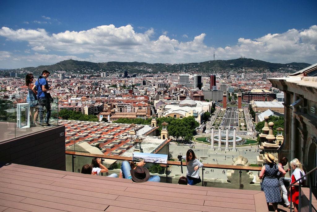 Vue depuis le musée MNAC dans le quartier Montjuic à Barcelone - Photo de Jorge Franganillo