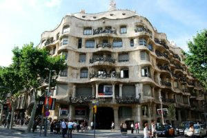 Quartier d'Eixample : Voici où découvrir Gaudi à Barcelone