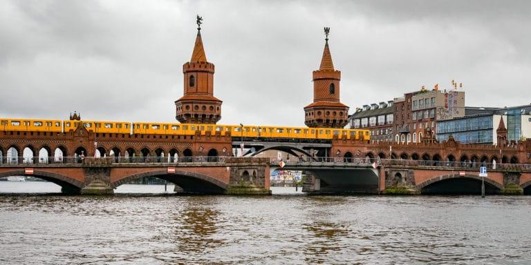 Pont de l'Oberbaumbrucke à Berlin - Photo de Jorge Franganillo