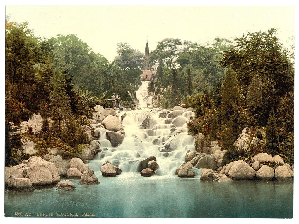 Carte postale du Viktoriapark en 1900 dans le quartier de Kreuzberg à Berlin - Photo de A.Savin