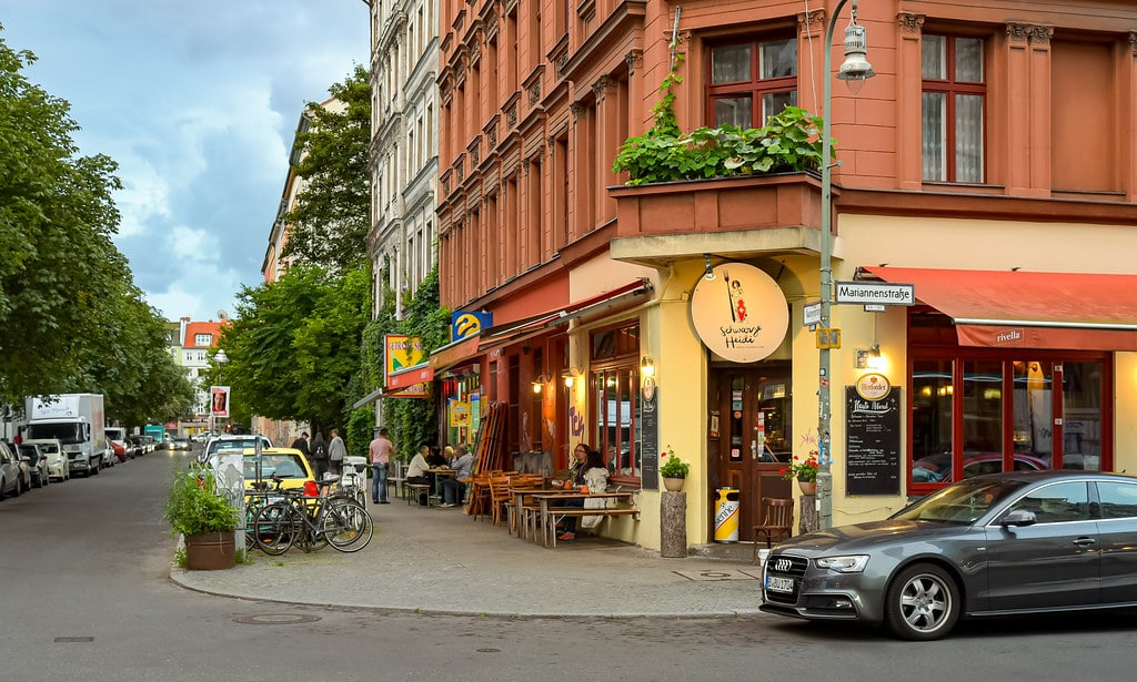 Coin de rue dans le quartier de Kreuzberg à Berlin - Photo de Jorge Franganillo
