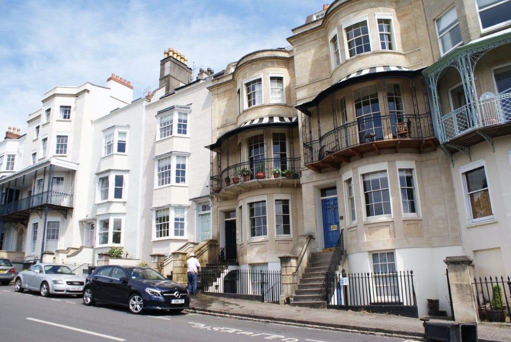 Belle galeries extérieures ou terrasses dans le quartier de Clifton à Bristol.