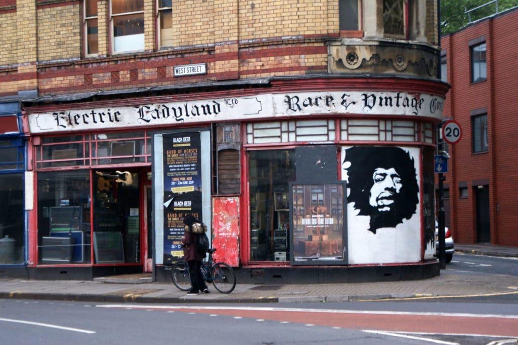 Magasin de musique Electric Ladyland à Bristol.