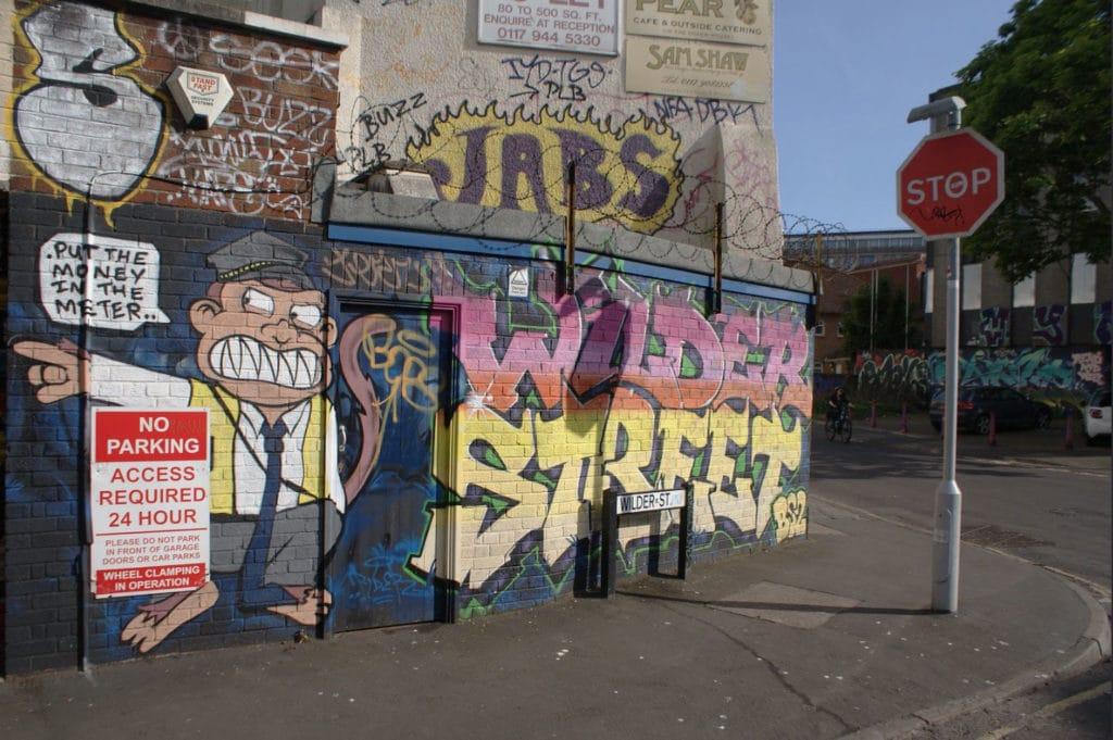 Street art dans le quartier de Stokes Croft à Bristol.