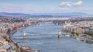 Croisières sur le Danube à Budapest : De nuit, avec apéro ou repas…