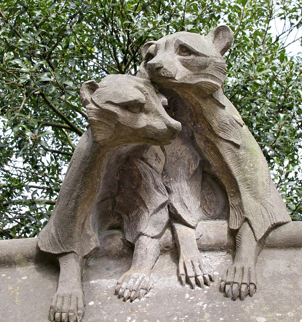 Animal Wall à Cardiff près du chateau avec entre autre des ratons-laveurs - Photo de Tony Hisgett