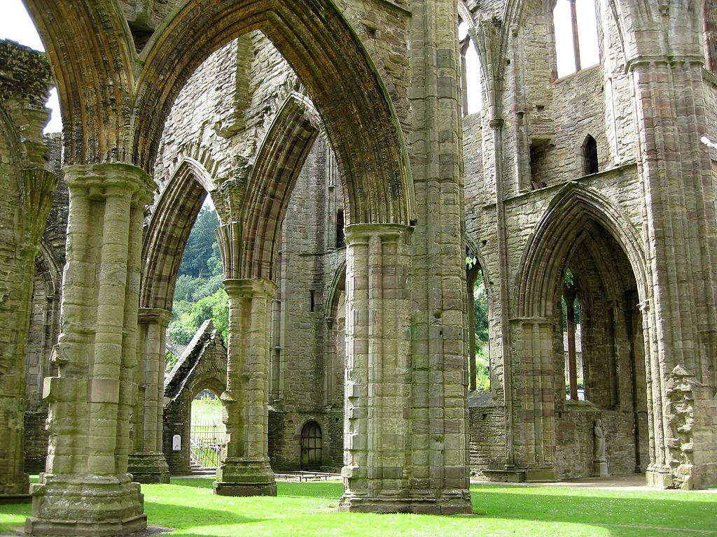 Superbe abbaye de Tintern près de Cardiff - Photo de NotFromUtrecht