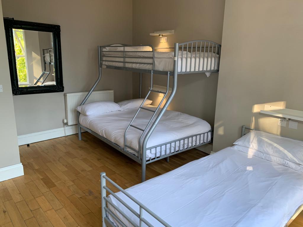 Hotel The Riverhouse à Cardiff : Sobre, simple et fonctionnel.