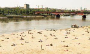 4 Plages de Varsovie : Buvette, barbecue et DJ sur les berges de la Vistule [Praga]