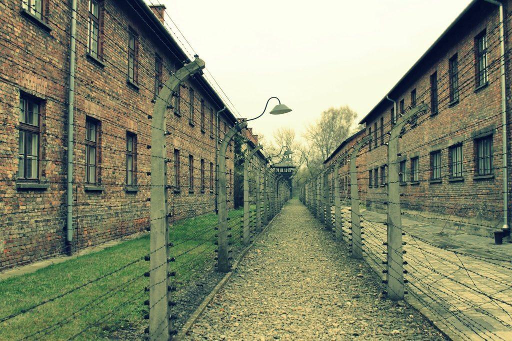 Dans le camp nazi d'extermination d'Auschwitz I construite en Pologne occupée.