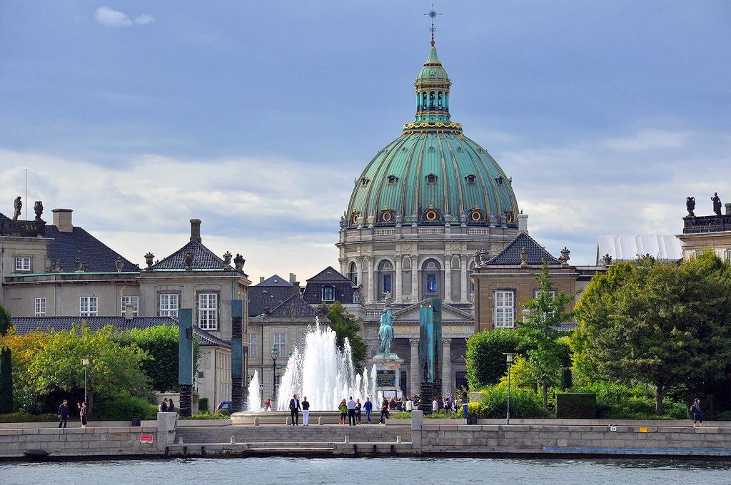 Palais d'Amalienborg et Eglise de marbre à Copenhague - Photo de Martin Nikolaj Christensen