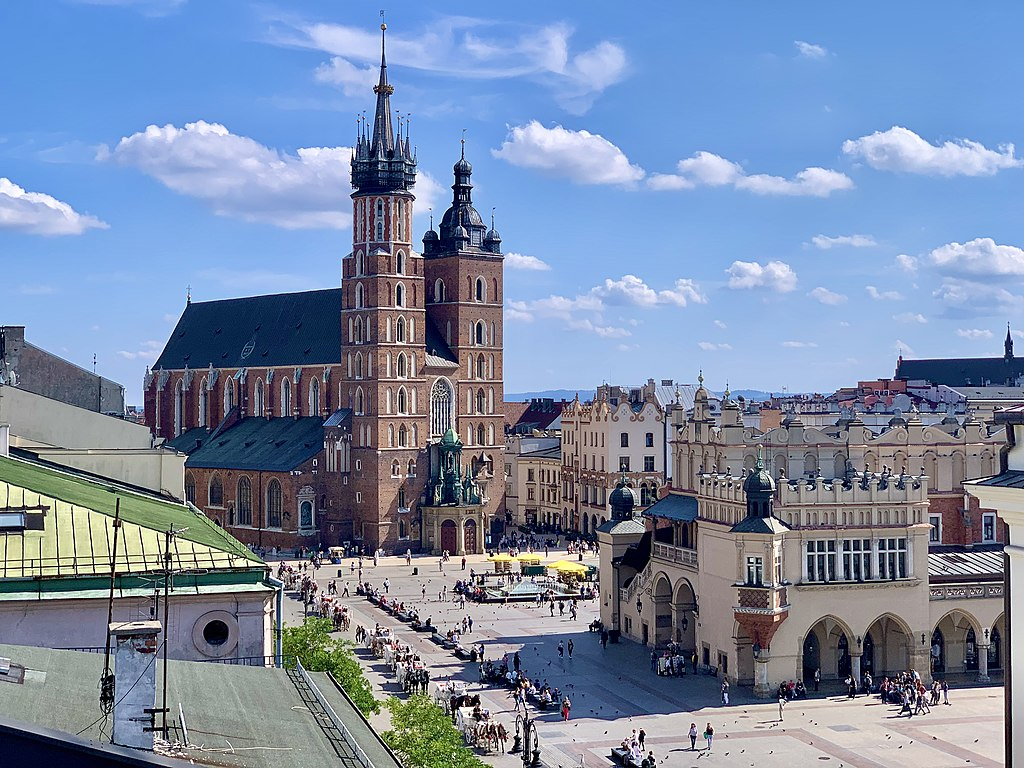 Basilique Sainte Marie dans le centre historique de Cracovie - Photo de Kgbo
