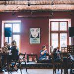8 Cafés à Cracovie : Charmant, arty, gourmand et vegan…