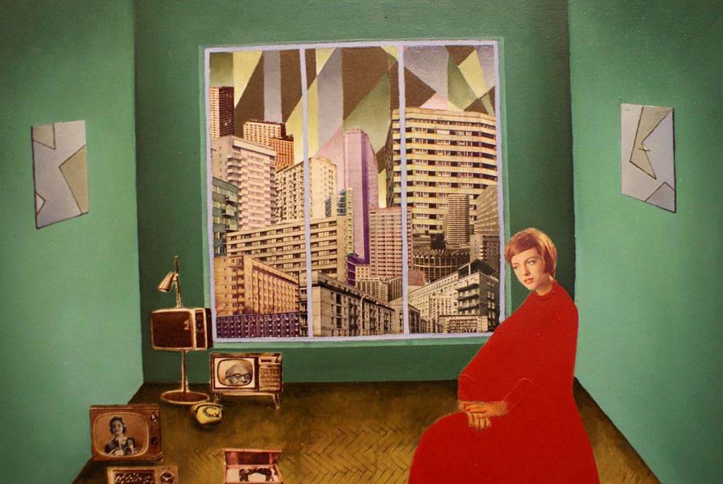 Collage d'une expo sur les identités polonaises au Musée d'art contemporain de Cracovie ou MOCAK dans le quartier de Podgorze à Cracovie
