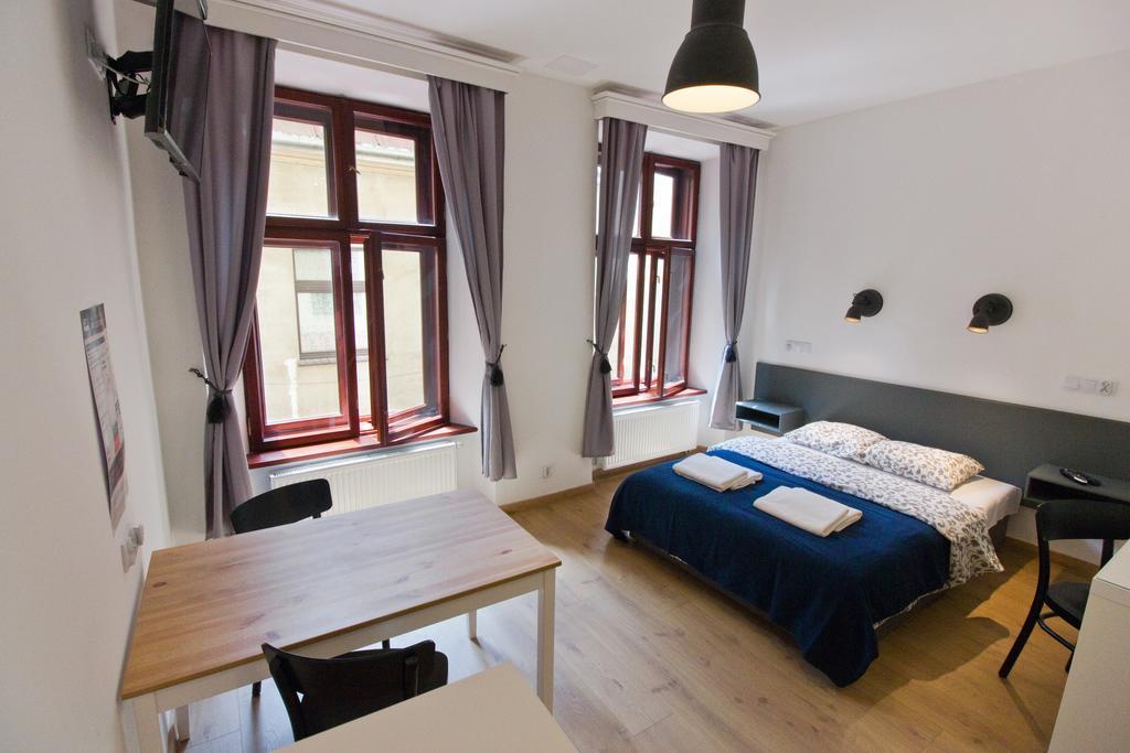 Chambre au Pokoje Goscinne Sw Anny à Cracovie.