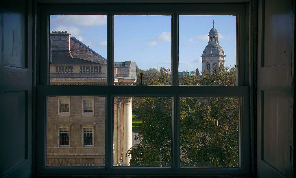 Vue sur le campanile du Trinity College à Dublin - Photo de Rob Hurson