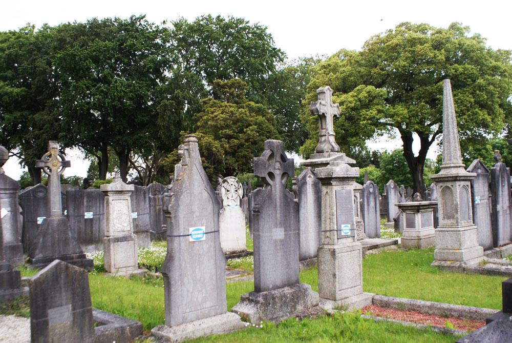 Dans le Cimetière de Glasnevin à Dublin.