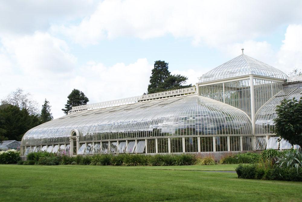 Magnifique serre victorienne du Jardin botanique de Dublin