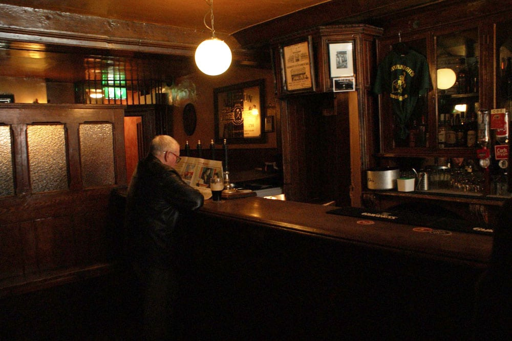 Pub de quartier John Kavanagh à Dublin.