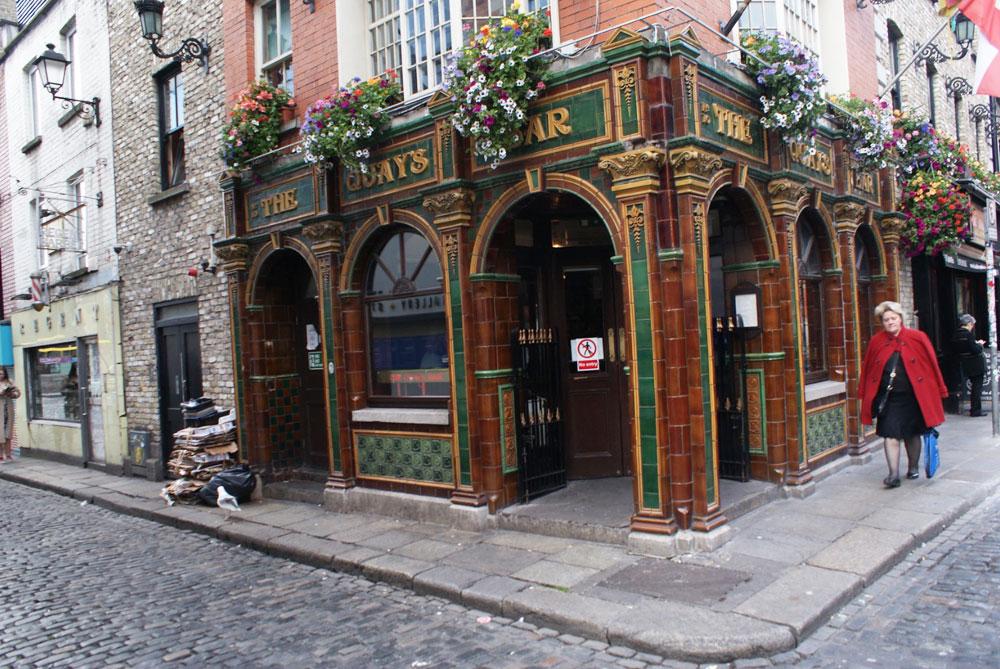 Pub + concert au The Quays dans le quartier de Temple Bar à Dublin.