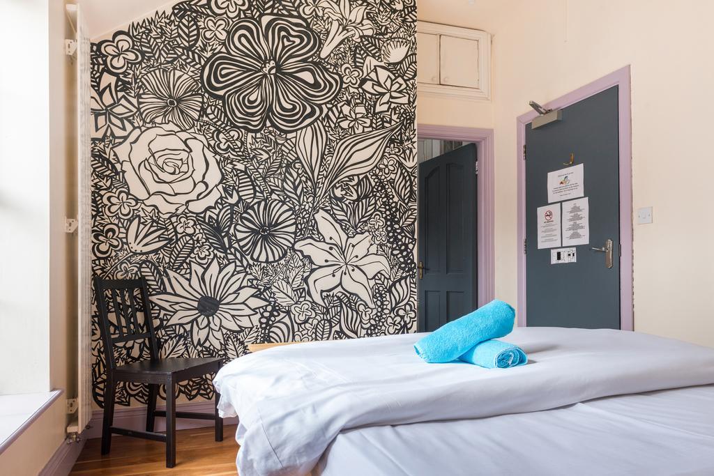 Chambre privée de l'auberge de jeunesse Dublin Times Hostel Camden Place.