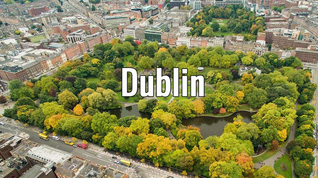 Visiter Dublin en Irlande pendant un week-end ou plus. Photo de Dronepicr