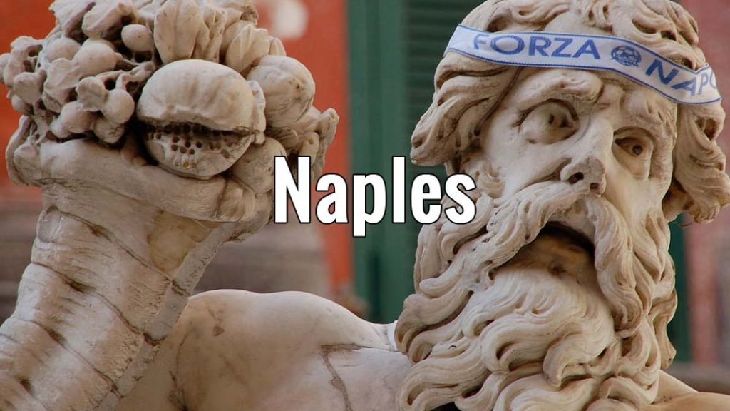 Visiter Naples en Italie pendant un week-end ou plus. Photo de Raffaele Esposito